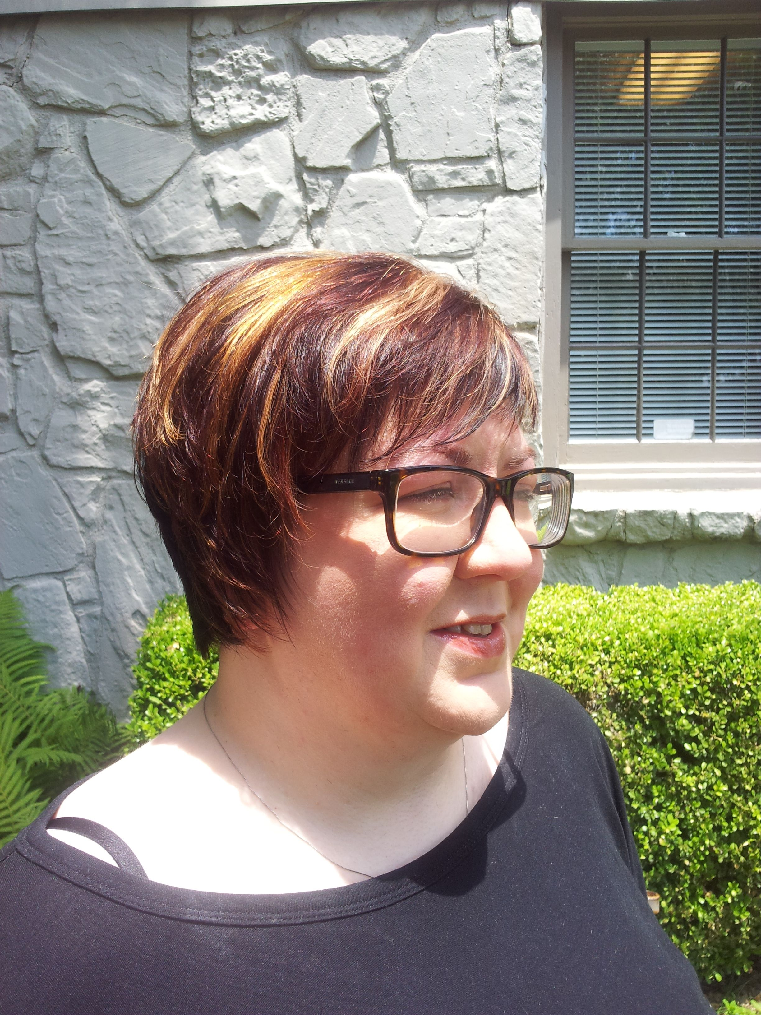 Short hair with red and blonde chuncky highlights by pamela black at