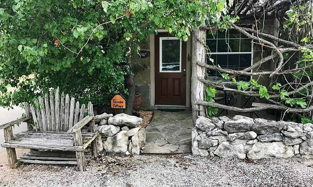 Guest Rooms Romantic Getaways in Dallas Elm Creek