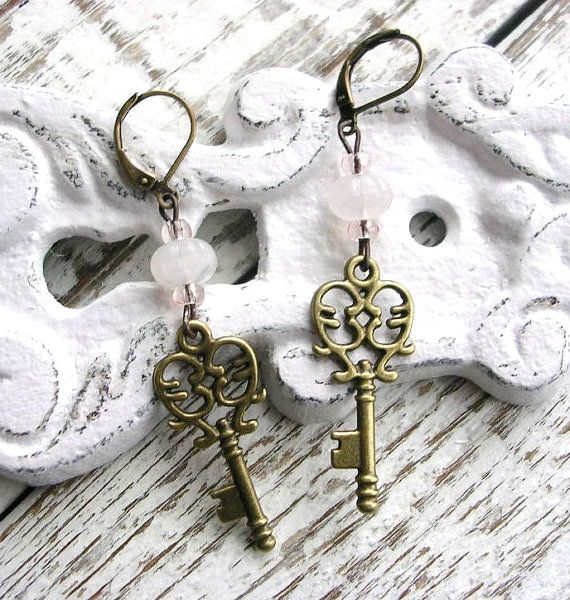 """Antiqued Skeleton Key Heart Brass Earrings Pale Pink Glass Beads by TheVintageHeart ../(,"""")\♥ ♥("""".)"""