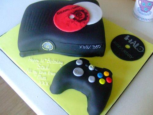 Xbox 360/Halo/Gears of War Cake