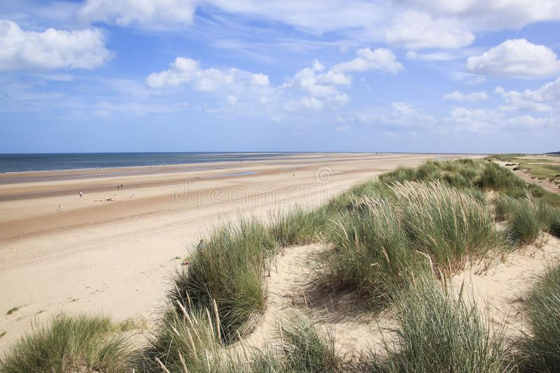 Sand Dunes Holkham Beach North Norfolk Uk Marram Grass Growing On Sand Dunes Ov Affiliate North Norfolk Uk Beach Sand Ad Beach Norfolk Sand
