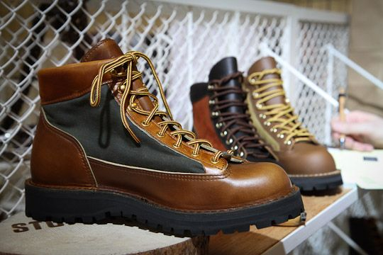 1000  images about Danner on Pinterest | Oregon Lace up boots and