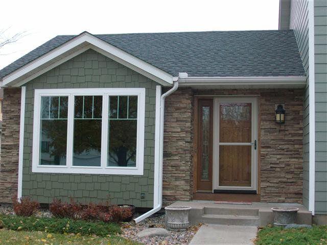 Brian H Farmington Mn Roofing Garage Door Wraps Fascia Downspouts Siding Windows Lp Smartside Quiet Wil Exterior Remodel House Exterior House Colors