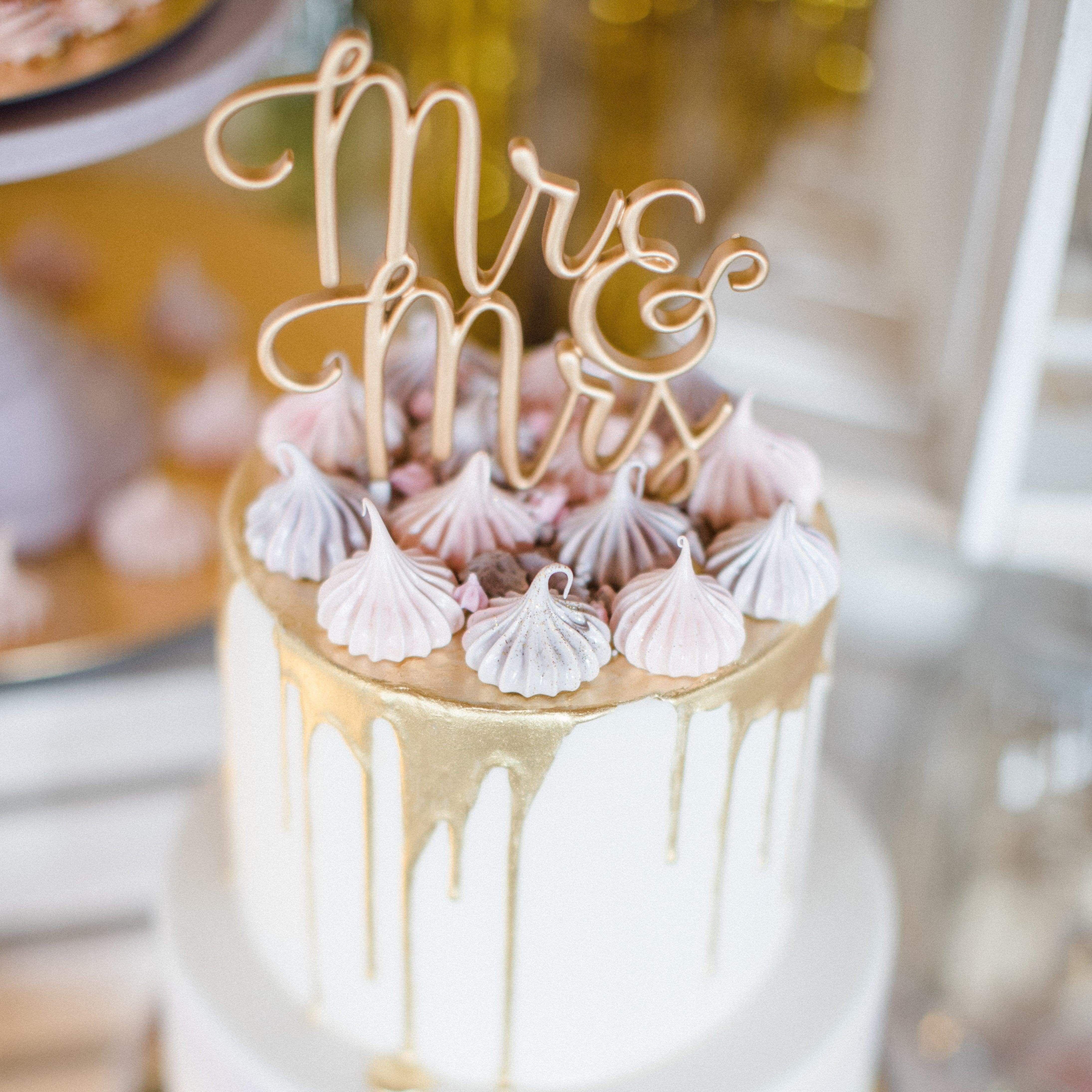 """Cake Topper """"Mr & Mrs"""" gold"""