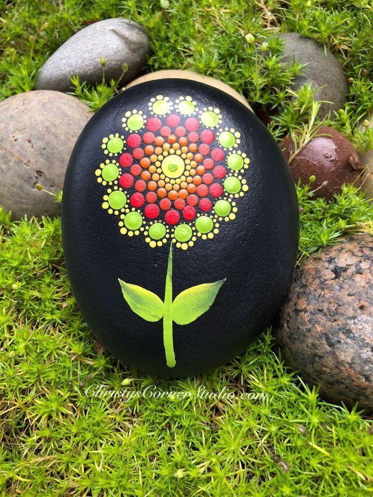 Hand Painted Mandala Stone/Rock - #hand #Mandala #painted #StoneRock - Bemalte Steine - #bemalte #hand #Mandala #painted #Steine #StoneRock #bemaltesteine