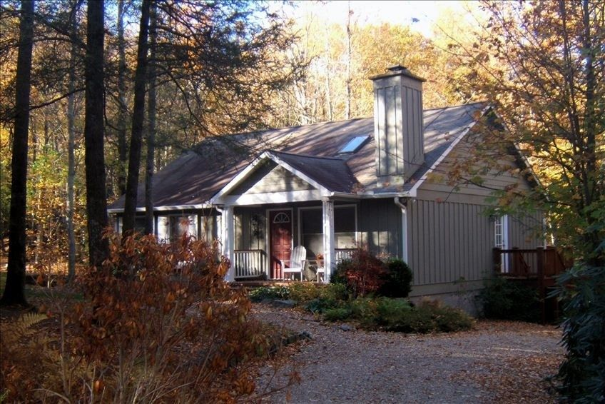Cottage vacation rental in highlands from