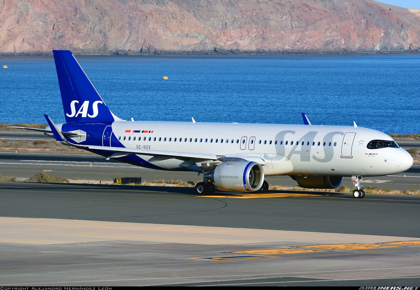 Pin By Mtay On Sas Scandinavian Airlines In 2020 Airbus Scandinavian Airlines System Sas