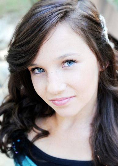 Pretty Girl With Brown Hair And Blue Eyes Google Search Long
