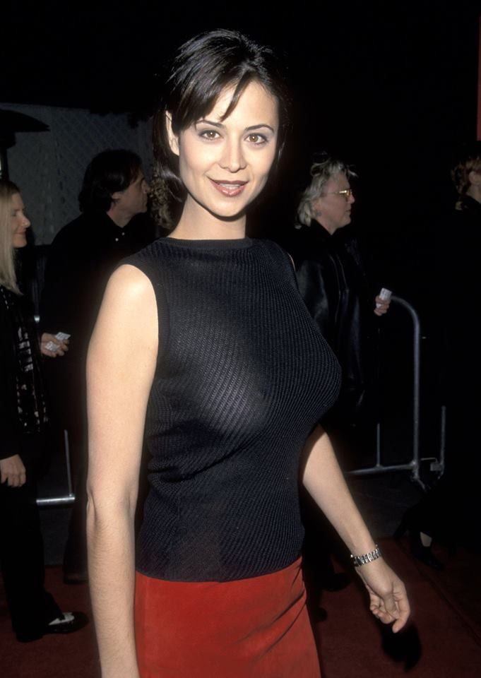 The Catherine Bell Picture Pages - superiorpics.com