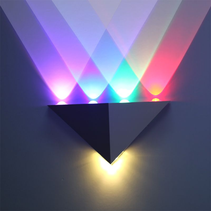 Fashion Triangle Wall LED Backlight Living Room Restaurant Bedroom - What color light bulb for bedroom