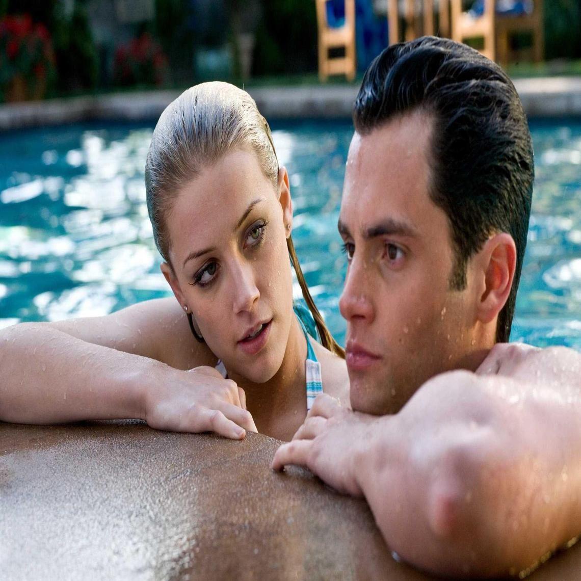 The Stepfather Amber Heard In Pool Amber Heard Amber Heard Photos Amber Heard Movies