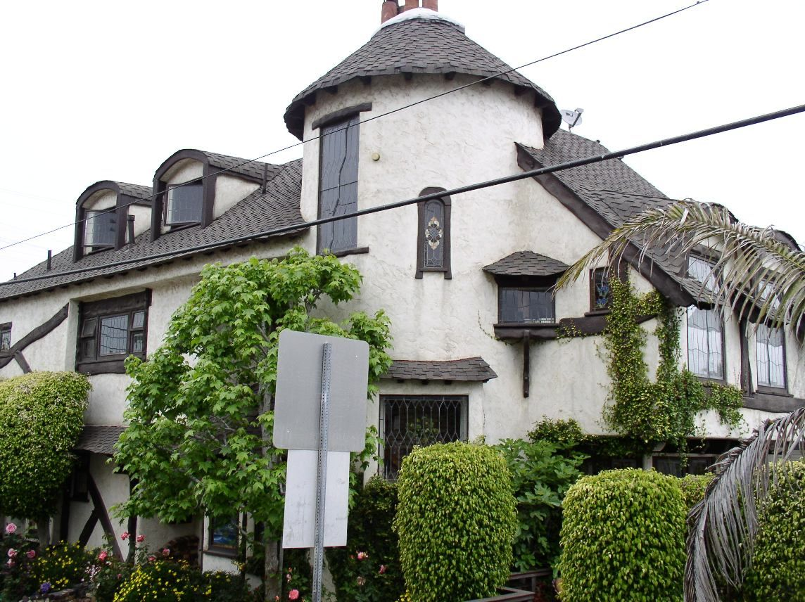 Image Result For Tudor House Eaves House Styles Tudor Style