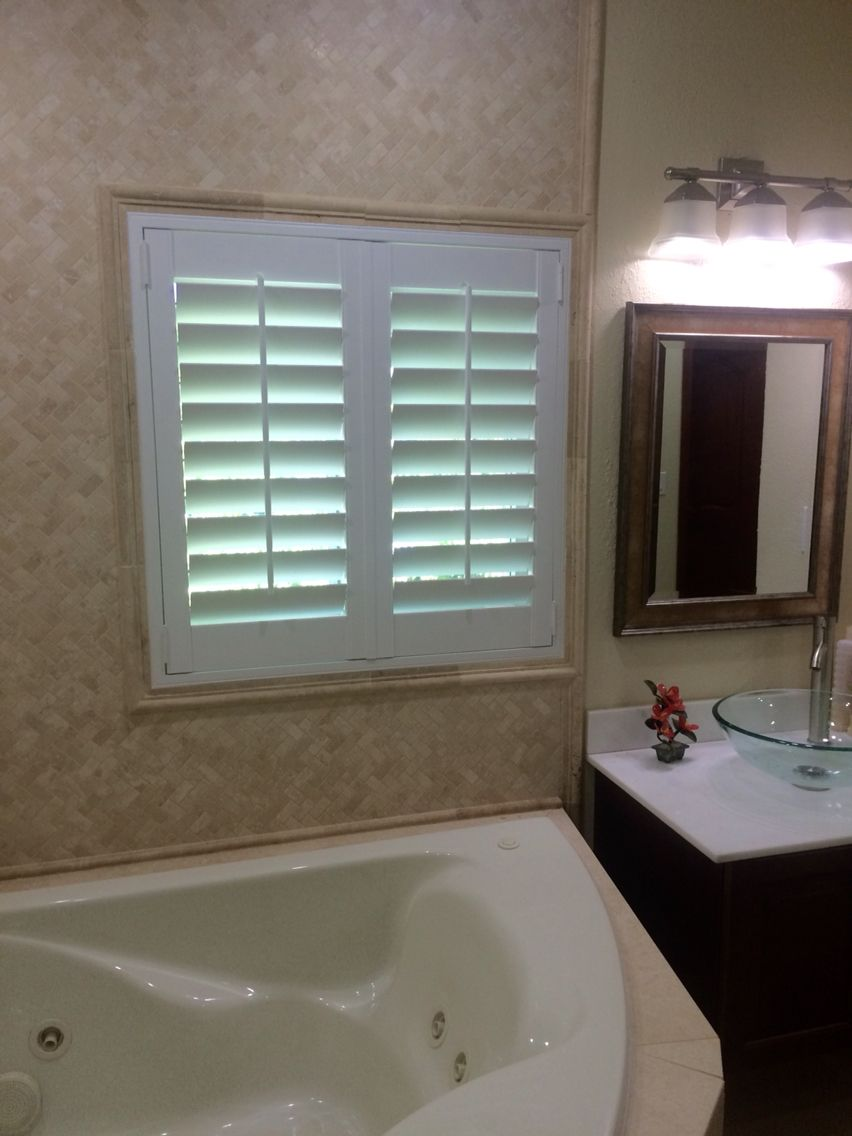Bath (4) sided L-Frame inside mount with tile trim. | Plantation ...