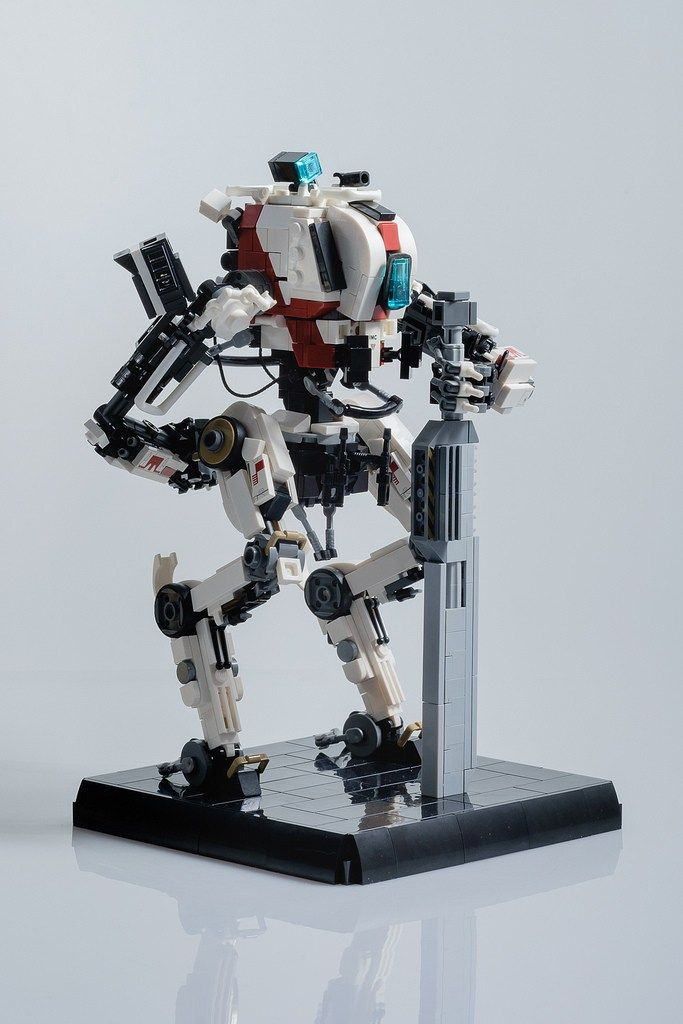 titanfall 2 s hit and run specialist the ronin the brothers brick lego blog
