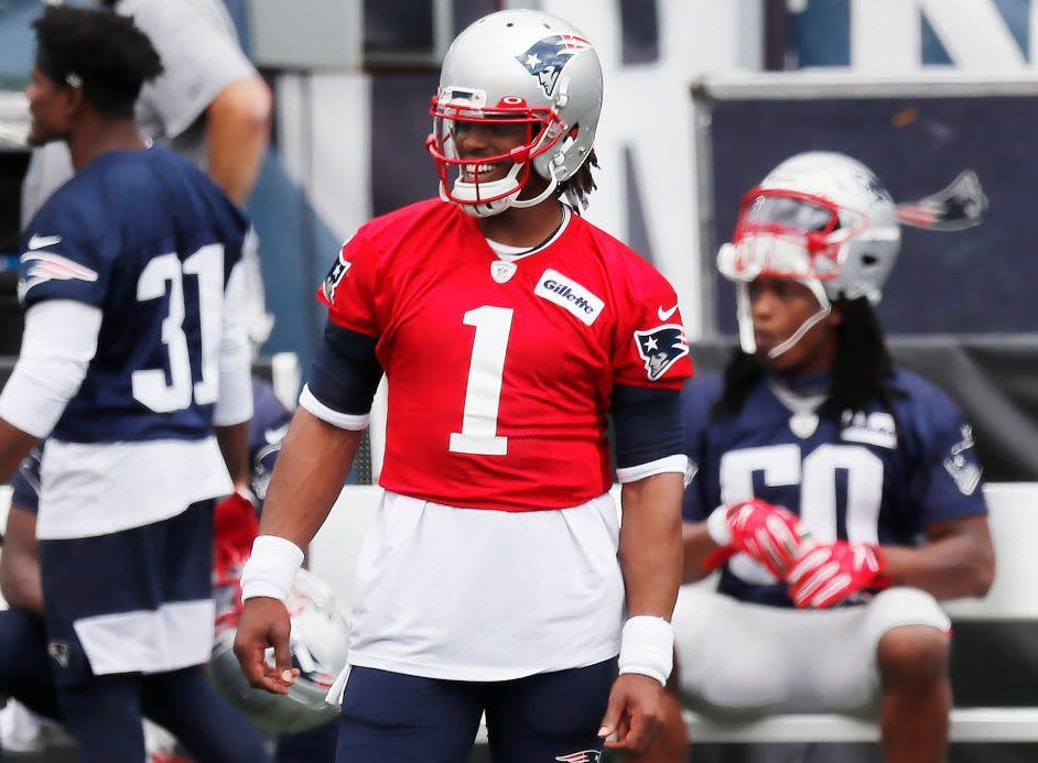 Report Cam Newton Wins Patriots Quarterback Battle Profootballtalk Getty Images Bill Www Bit Ly P Spo In 2020 Quarterback American Football Patriots Quarterbacks