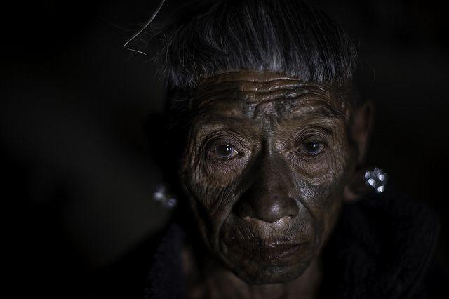 the last head hunters, konyak tribe warrior,nagaland Head hunter - how to find a head hunter