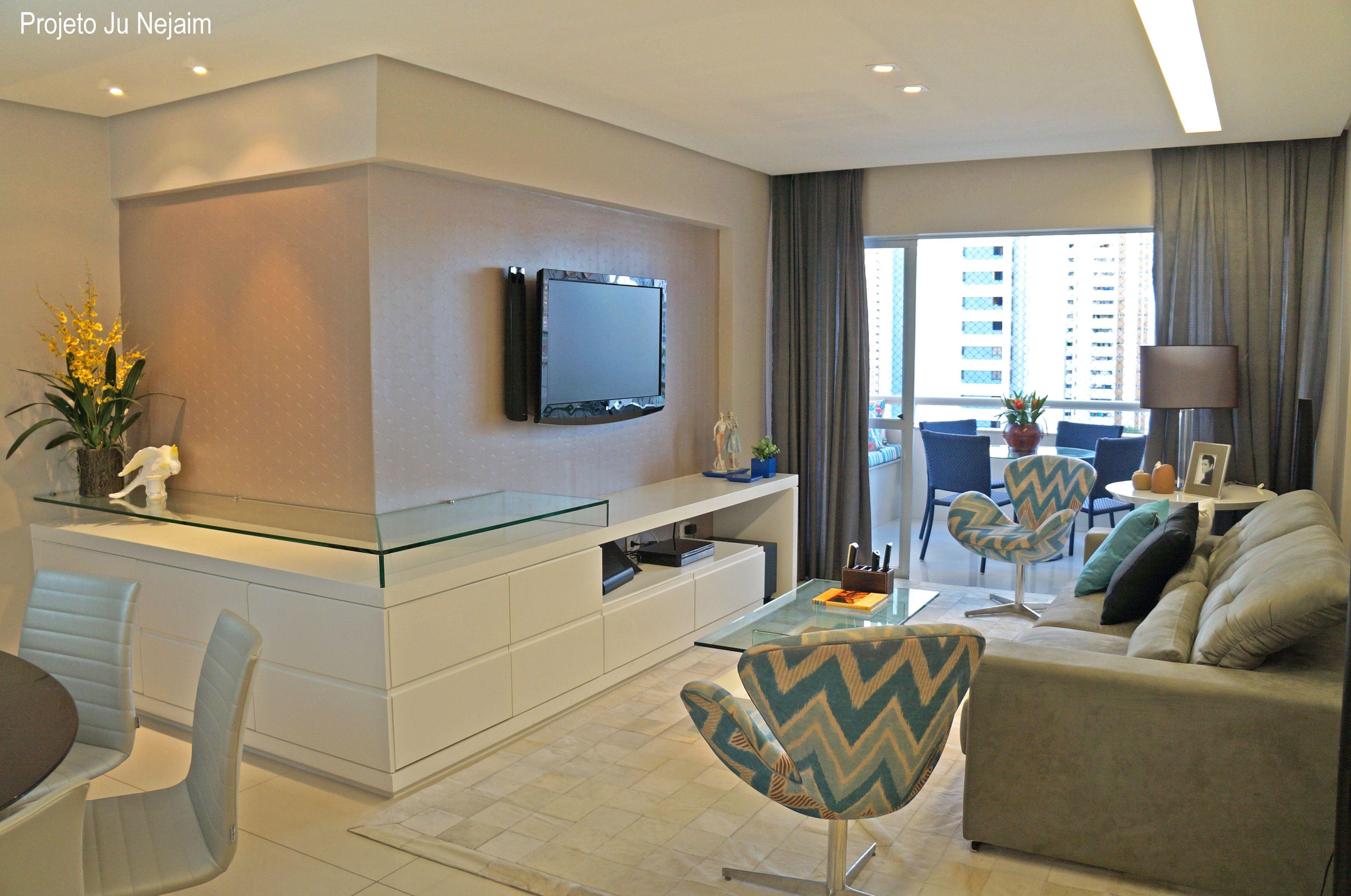 Armario Para Lavanderia Planejado ~ Movel de tv com detalhe em vidro que serve de aparador para sala de jantar Projeto da arquiteta