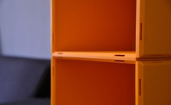 Soundsystem Heimkino,Loungemöbel,Sofa, modern,Stoff,grau,Wohnzimmer - Wohnzimmer Grau Orange