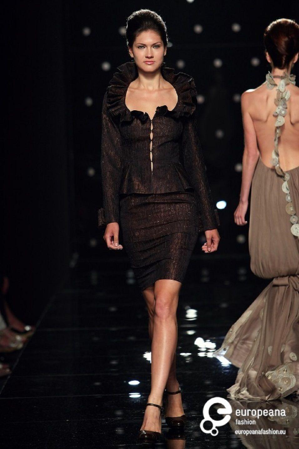 Tony Ward Couture - fall - winter 2009 - 2010