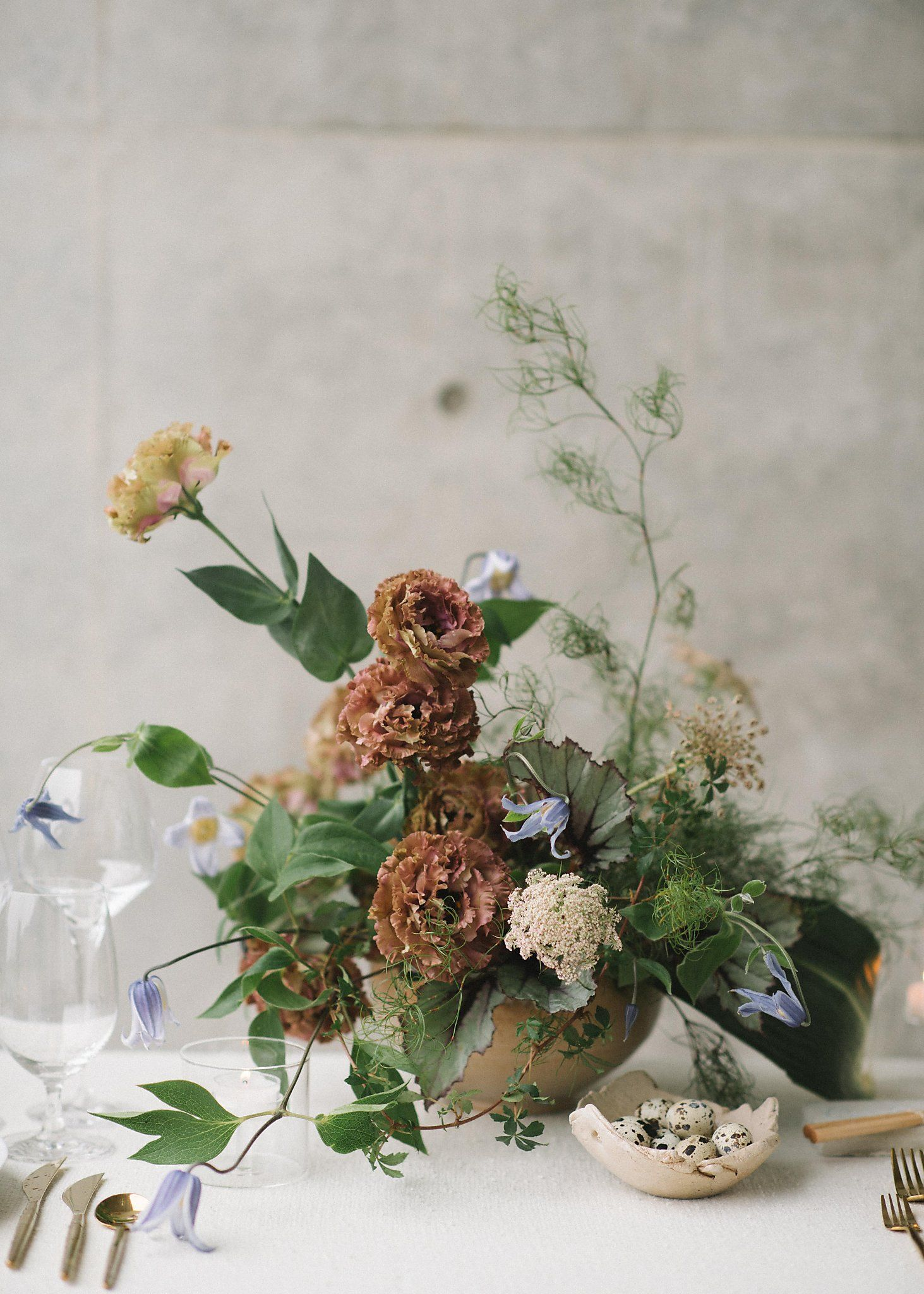 Florists Highlight Floral Displays In Beautiful Custom Vases That They Rent Floral Display Wedding Floral Centerpieces Floral