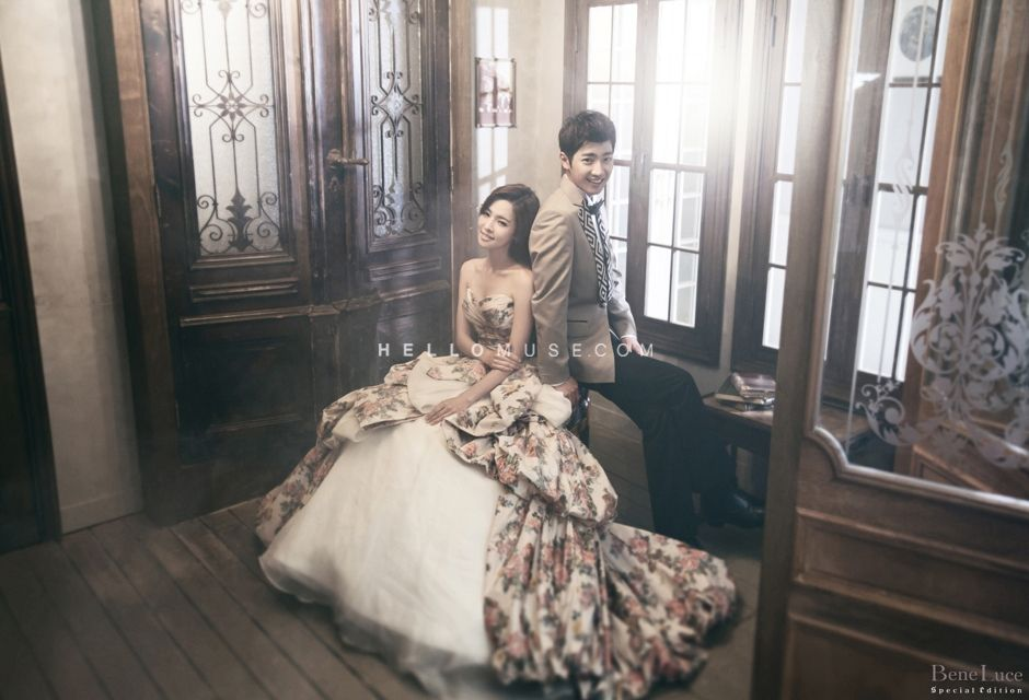 Floral Concept Wedding Dress Looks Stunning In The Korean Style