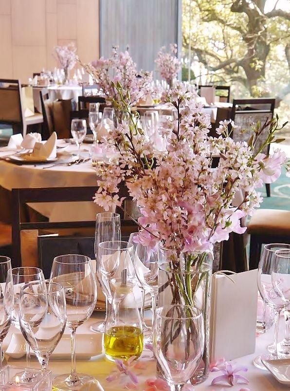 ゲストテーブル 装花 おしゃれまとめの人気アイデア Pinterest ゆみ ウエディング テーブル ウェディング テーブルコーディネート 桜 結婚式 装花