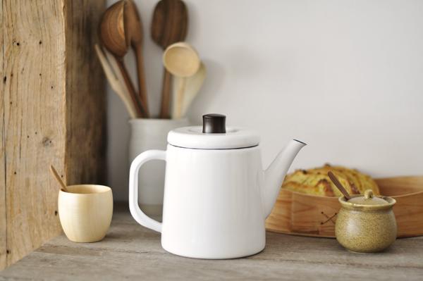 teapot from the neëst