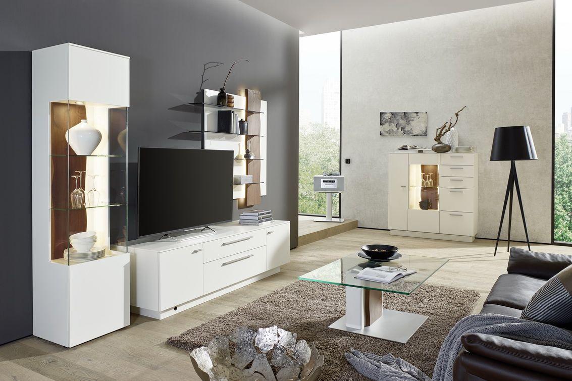 Elegant #möbel #madeingermany #furniture #gwinner #wohndesign #design #wohnzimmer  #livingroom #wallunit #wohnwand #highboard #vitrine #couchtisch  #inneneinrichtung ...
