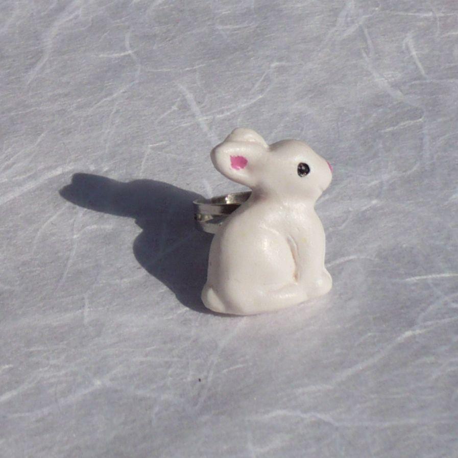 Bague lapin blanc