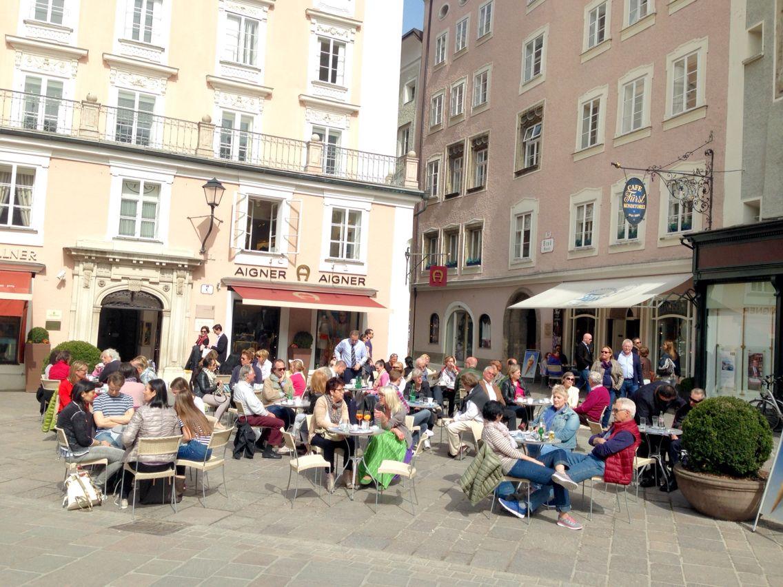 Café Fürst Salzburg Stadt , Alter Markt - TRY the original FÜRST MOZARTKUGEL here !!!