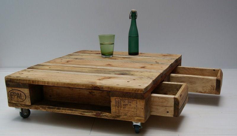 Palettentisch No. 95 - Couchtisch Lowtable von Wood Circle auf DaWanda.com