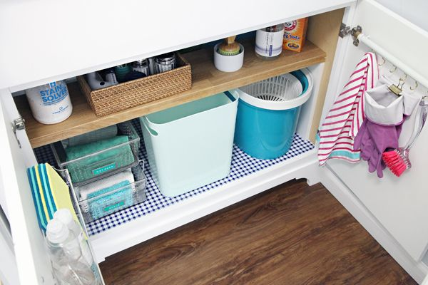 12 Organizing Under The Laundry Room Sink A Diy Cabinet Door