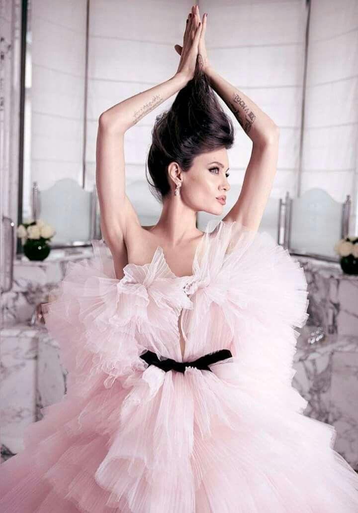 Pin by Luciana Coutinho on Angelina Jolie | Pinterest | Angelina jolie