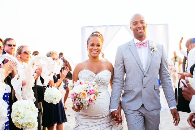 d1d97f2389 One Couple's Natural Seaside Wedding in Hermosa Beach, CA   Beach ...