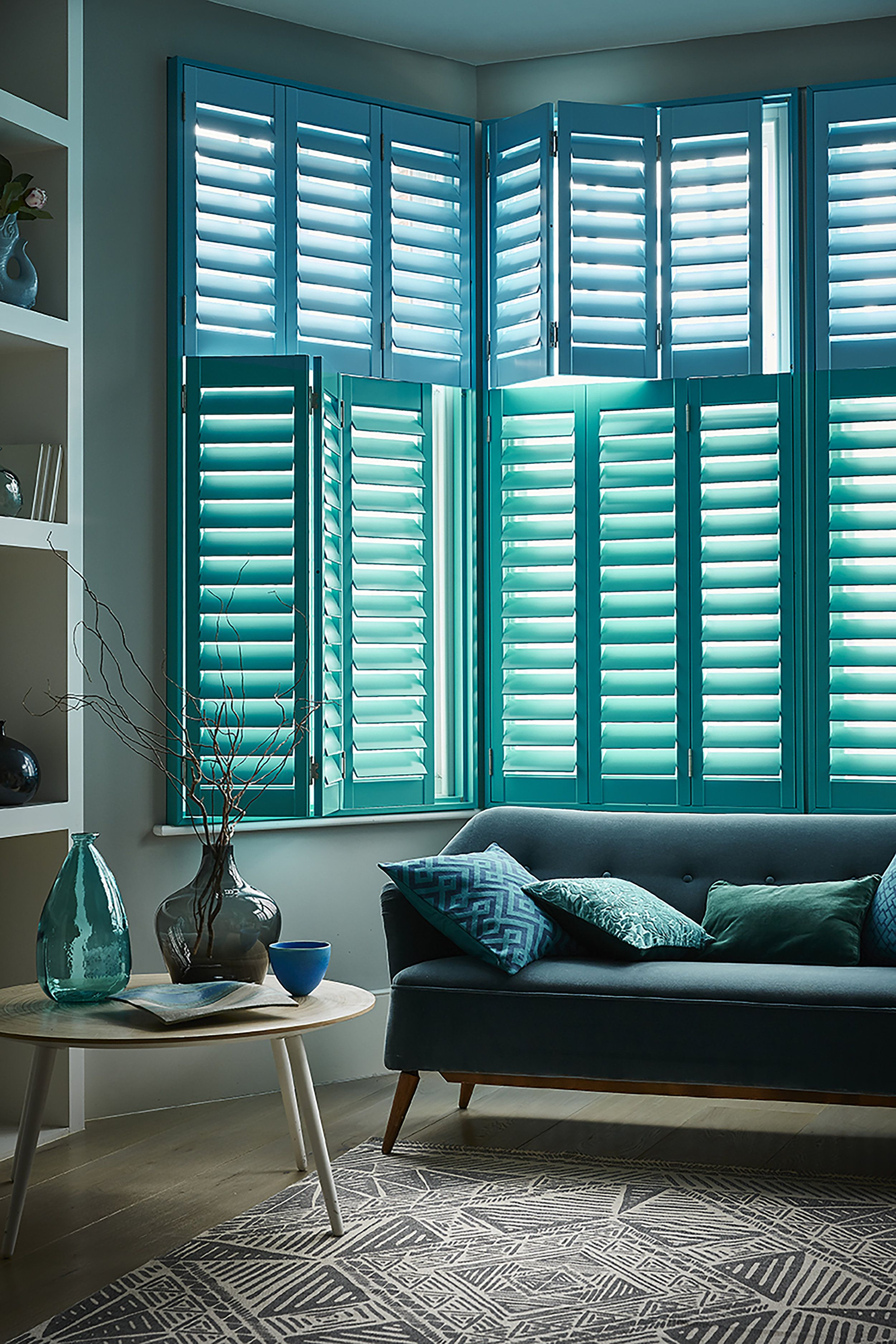 What Shutter Style Is Best For Your Windows? Cafe style