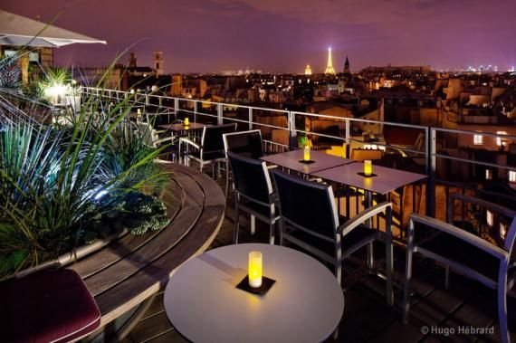 Best The 43 Up The Roof Holiday Inn Roof Bar Close To Notre 400 x 300
