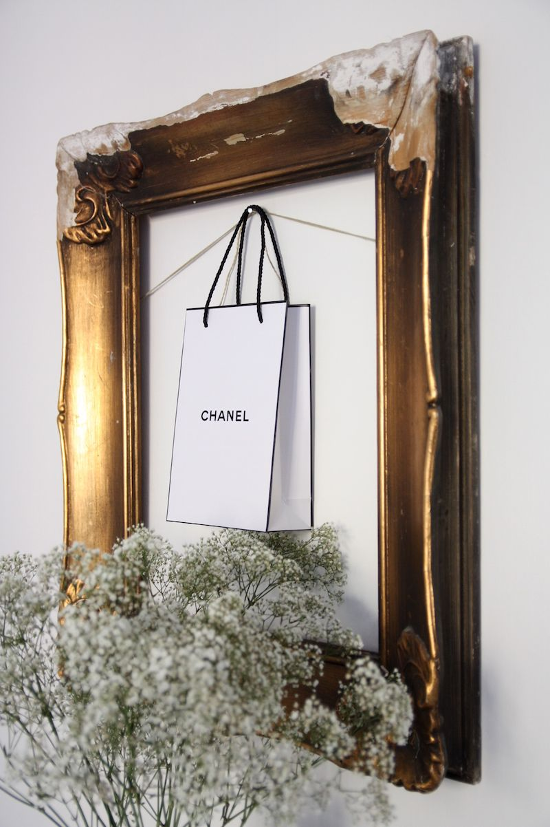 Homevialaura  | Old antique frames in gold | Chanel paper bag