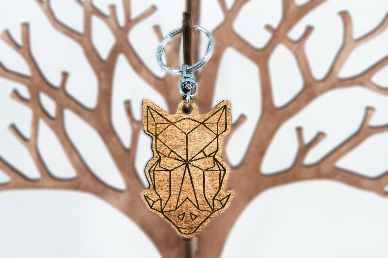 Wooden Keychain Polygonal - Wild Boar | Die jäger, Jäger und Geschenk