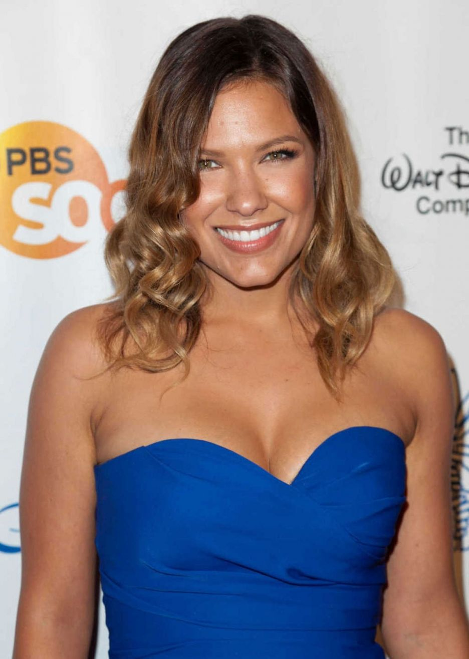 Is a cute Kiele Sanchez naked (27 photo), Sexy, Fappening, Instagram, braless 2017