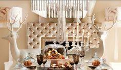 Hochwertige Esstische für das frohe Weihnachten > Entdecken Sie die Hochwertige Esstische für das frohe Weihnachten und lassen Sie sich inspirieren! | inneneinrichtung | frohe Weihnachten | esstische #luxusmöbel #innendesign #froheweihnachten Lesen Sie weiter: http://wohn-designtrend.de/hochwertige-esstische-fuer-das-frohe-weihnachten/