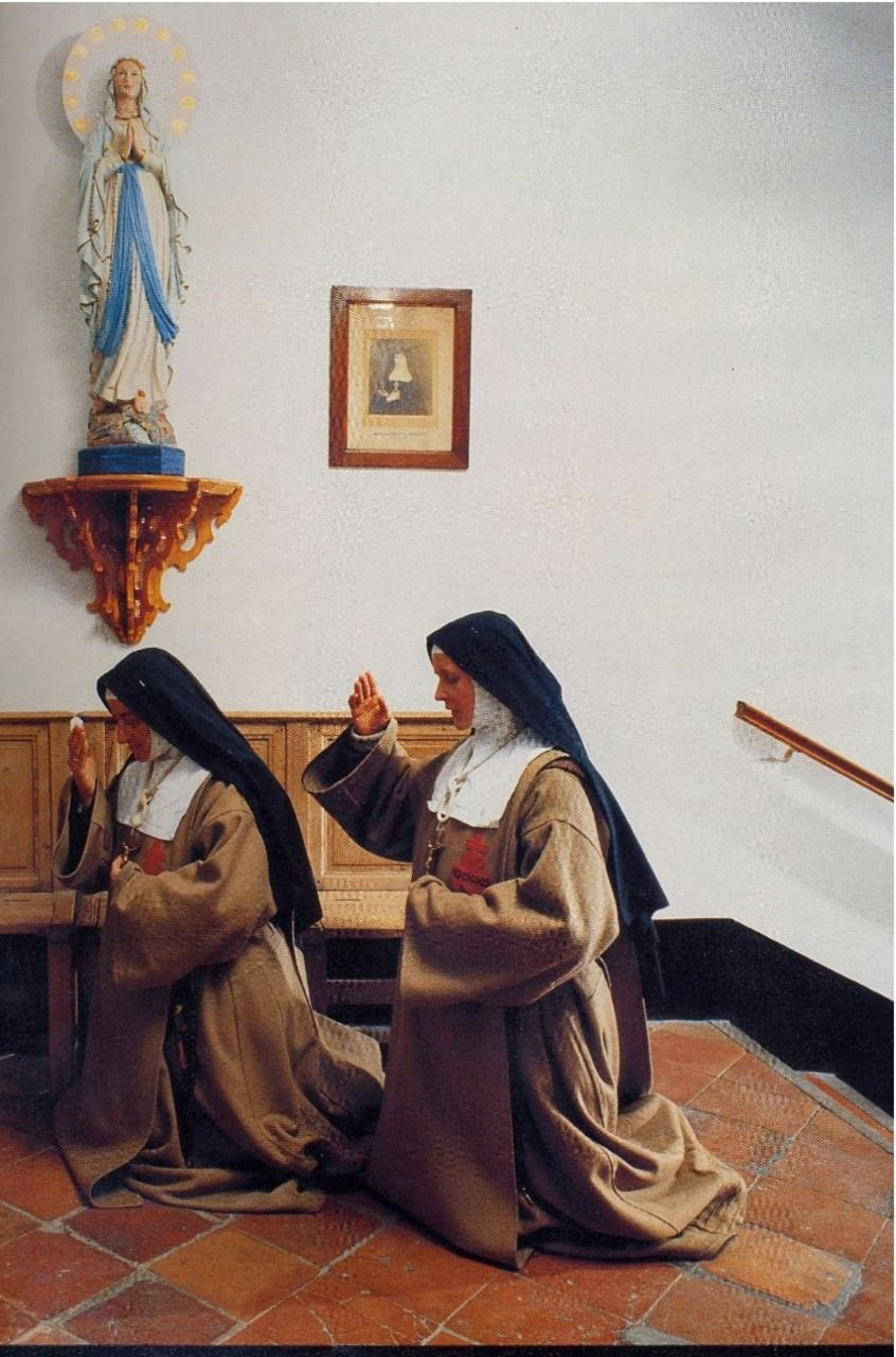 Victim Nuns of the Sacred Heart
