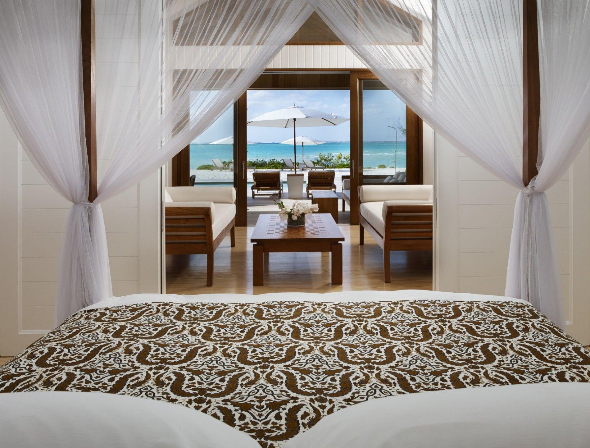 2 bedroom interior design parrot cay  bedroom villa  beachfront  a bh r b l como parrot
