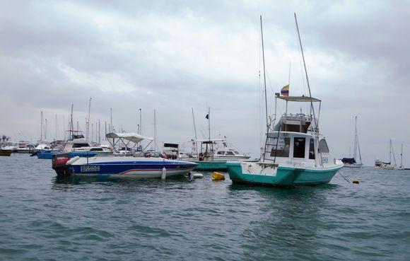 barcos en Salinas