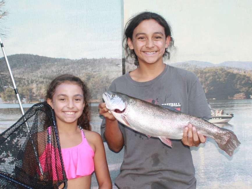 Collins Lake: camping, fishing, and boating | Camping ...
