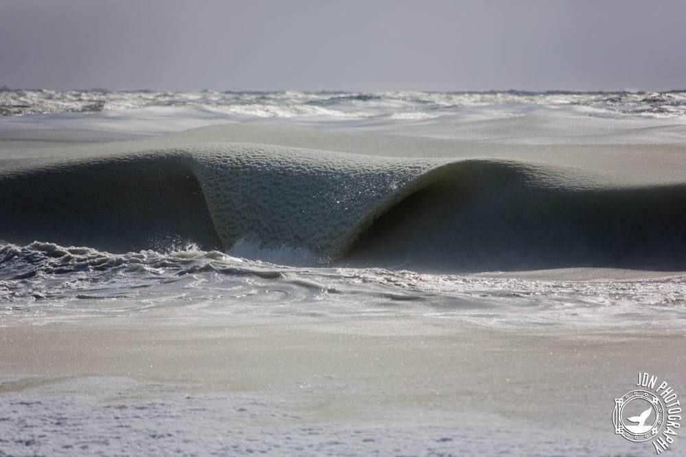 It's so cold in some USA states at the moment that the waves at the beach are literally freezing mid wave! Jonathan_Nimerfroh 05