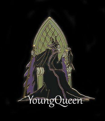 Disney Auction Maleficent Raven Diablo on Throne Le Pin