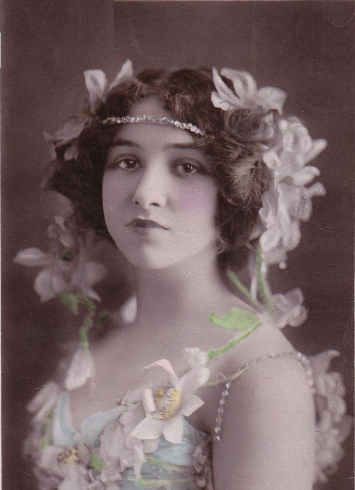 Lillian Greuze - French actress (France - c. 1908-1915) [890x1200]