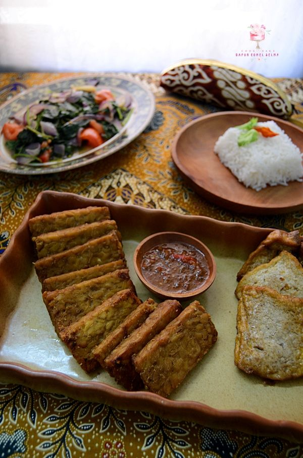 Dapur Comel Selma Tempe Dan Tahu Bacem Makanan Ayam