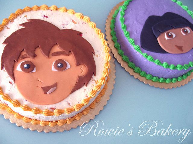 Dora and Diego Cakes by Rowie's Bakery, via Flickr