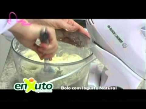 Chef Helena - Bolo com iogurte natural - YouTube
